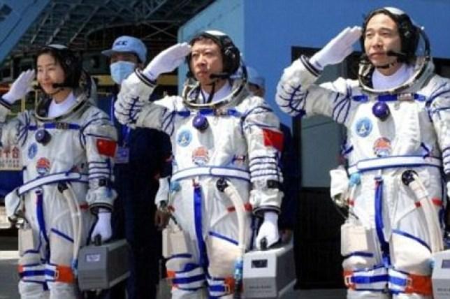 The Shenzhou-9 astronauts